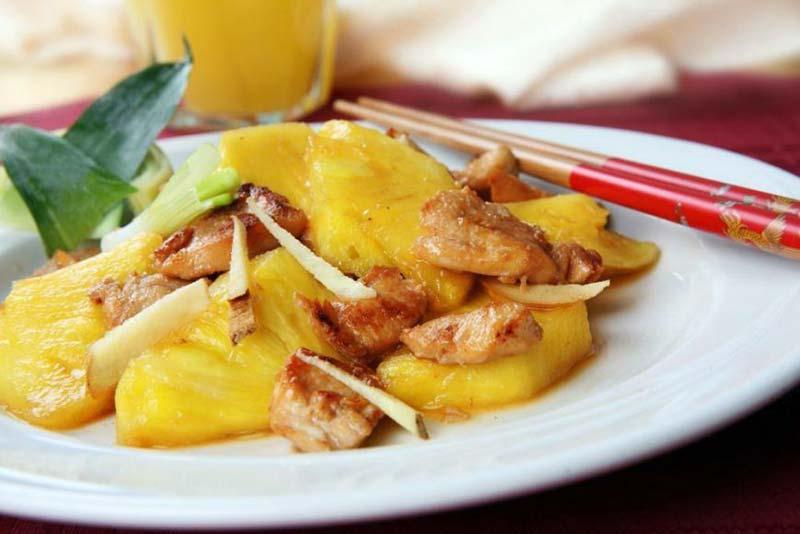 Фото блюда: курица с ананасами