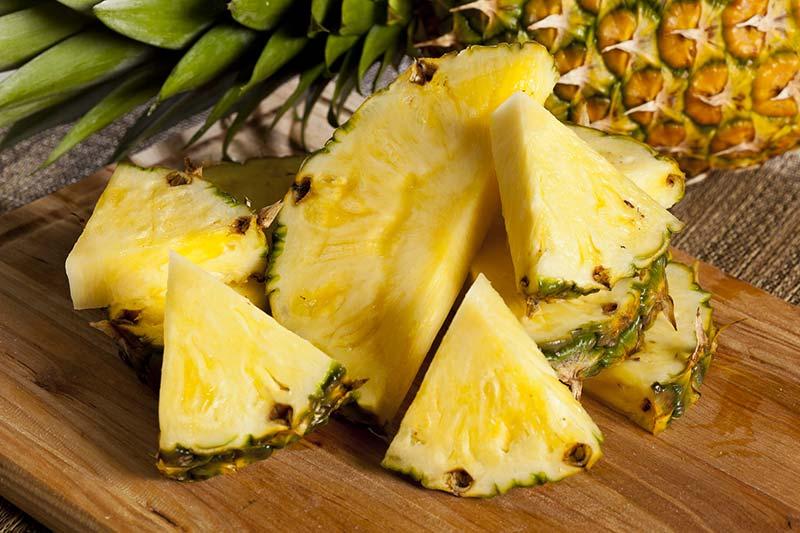 Полезен ли ананас