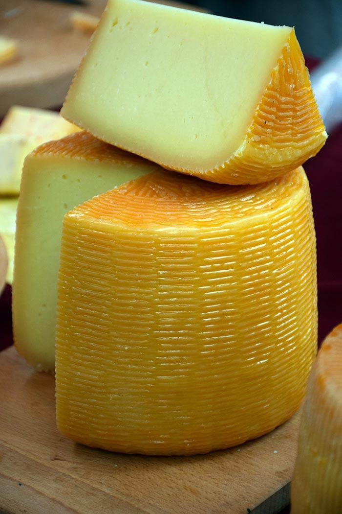 Фото сыра в разрезе