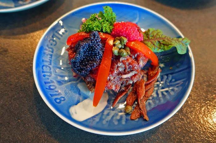 Фото блюда с красной икрой